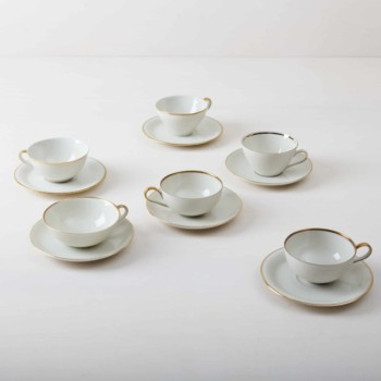 Rent cups and saucers with gold rim, tableware rental Berlin, Hamburg, Munich, Cologne, Dusseldorf