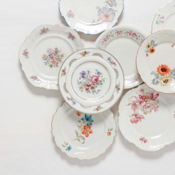 rental of vintage cake plates