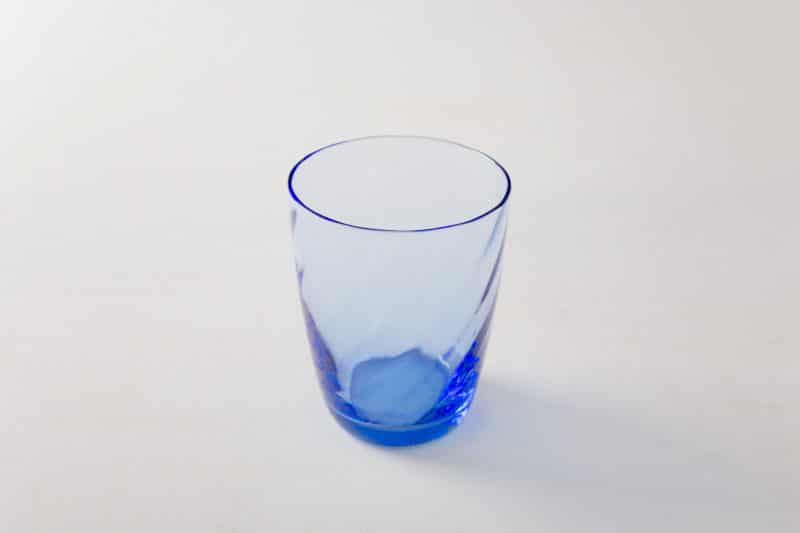 Rent stylish tinted glass water glasses