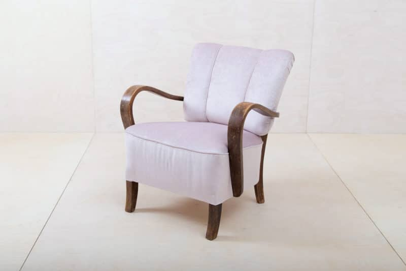Rental of armchairs and club chairs