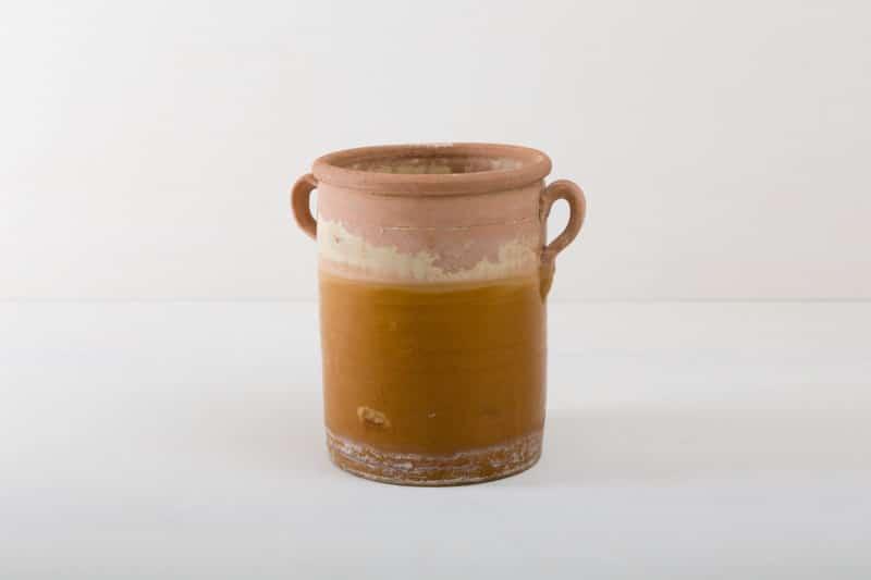antique Nazareno vases for hire