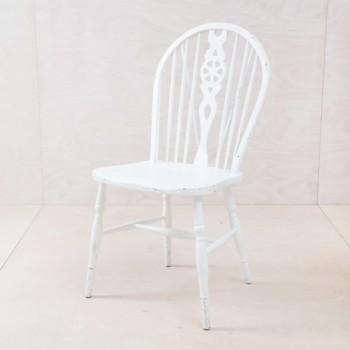 Vintage Sprossenstuhl im Windsor Stil, fein Weiß-Seidenmatt.