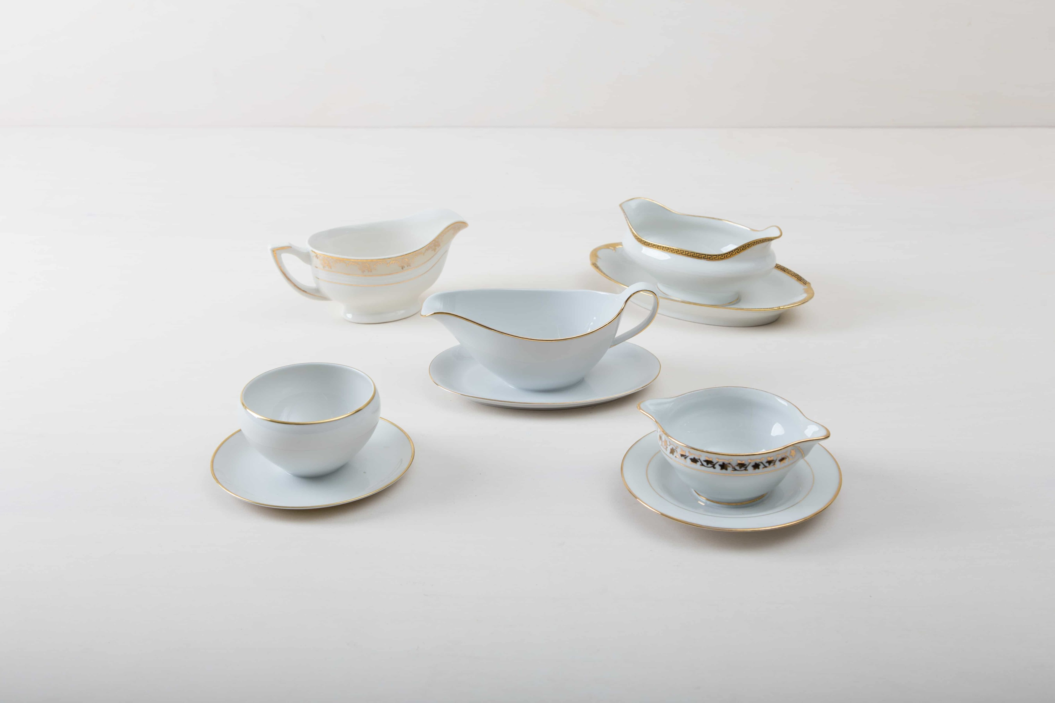 Rent Vintage Porcelain, tableware Berlin