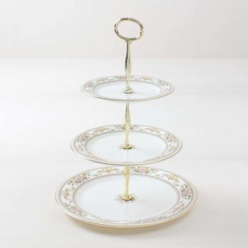 Rent vintage cake stands, wedding decoration, product placement